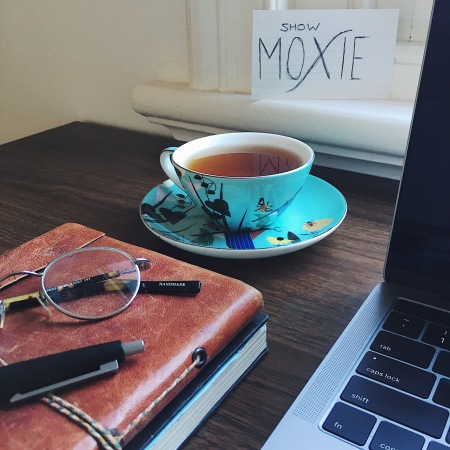 Show Moxie: a shy girl's strategy for networking